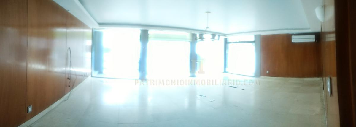 17 de 18: Sala de Juntas