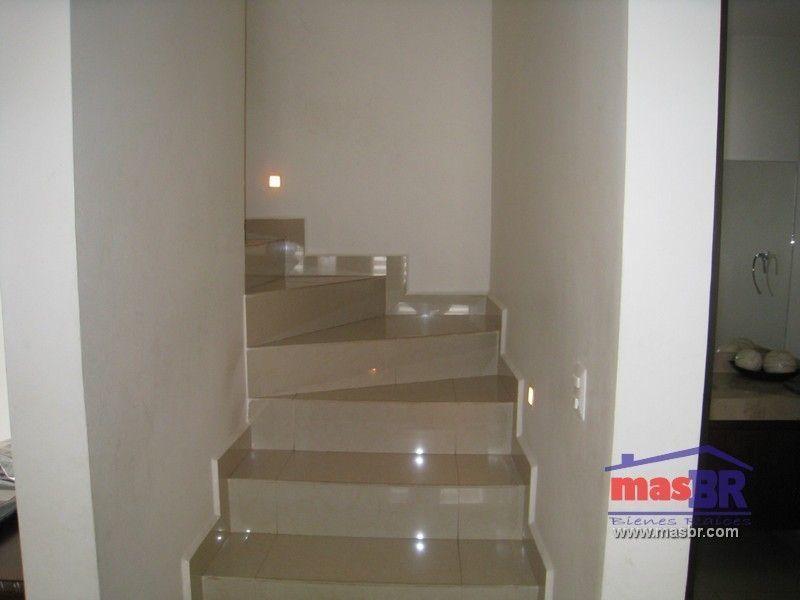 12 de 20: Escaleras