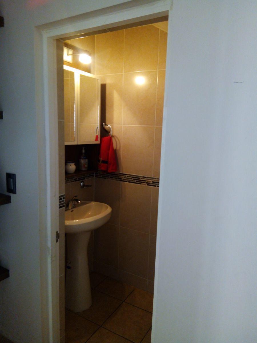 10 de 16: medio baño planta baja