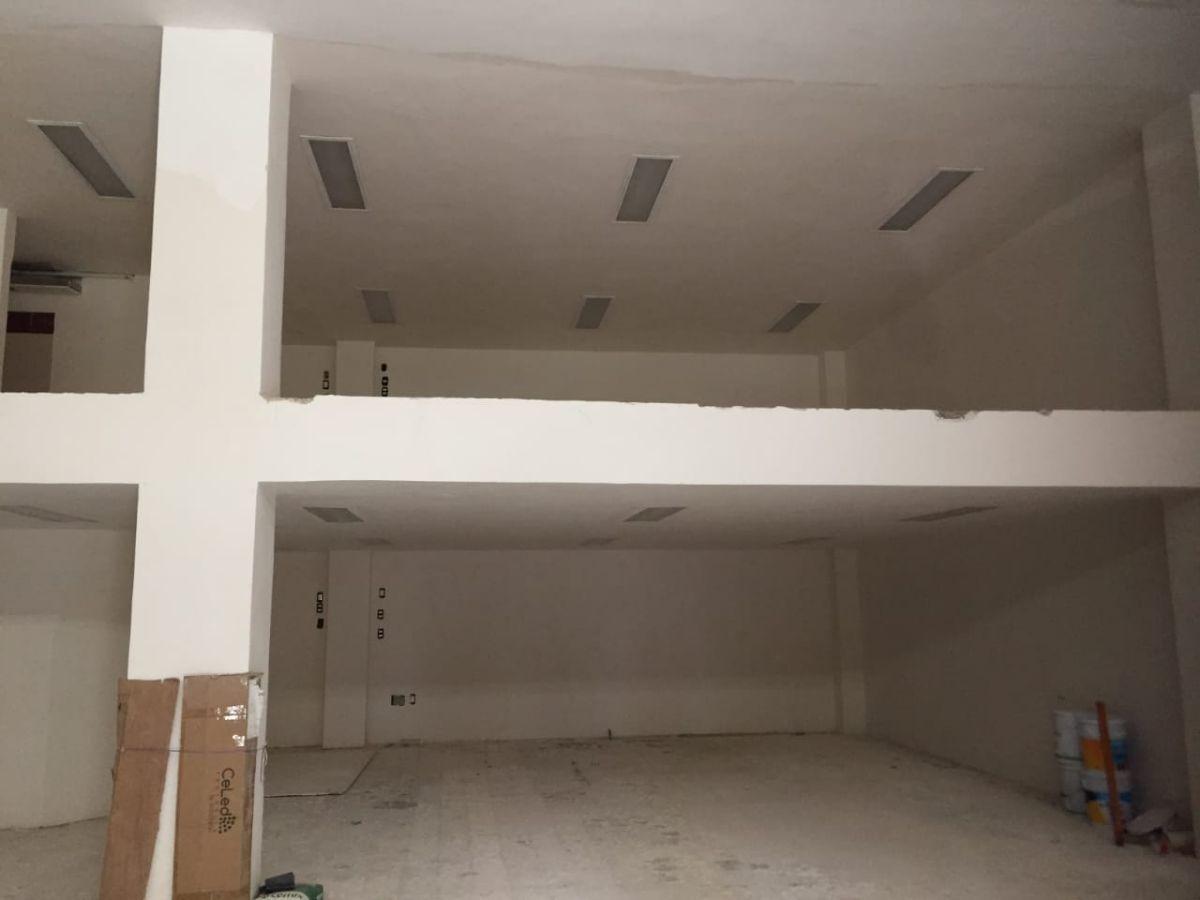 35 de 36: planta baja con mezzanine