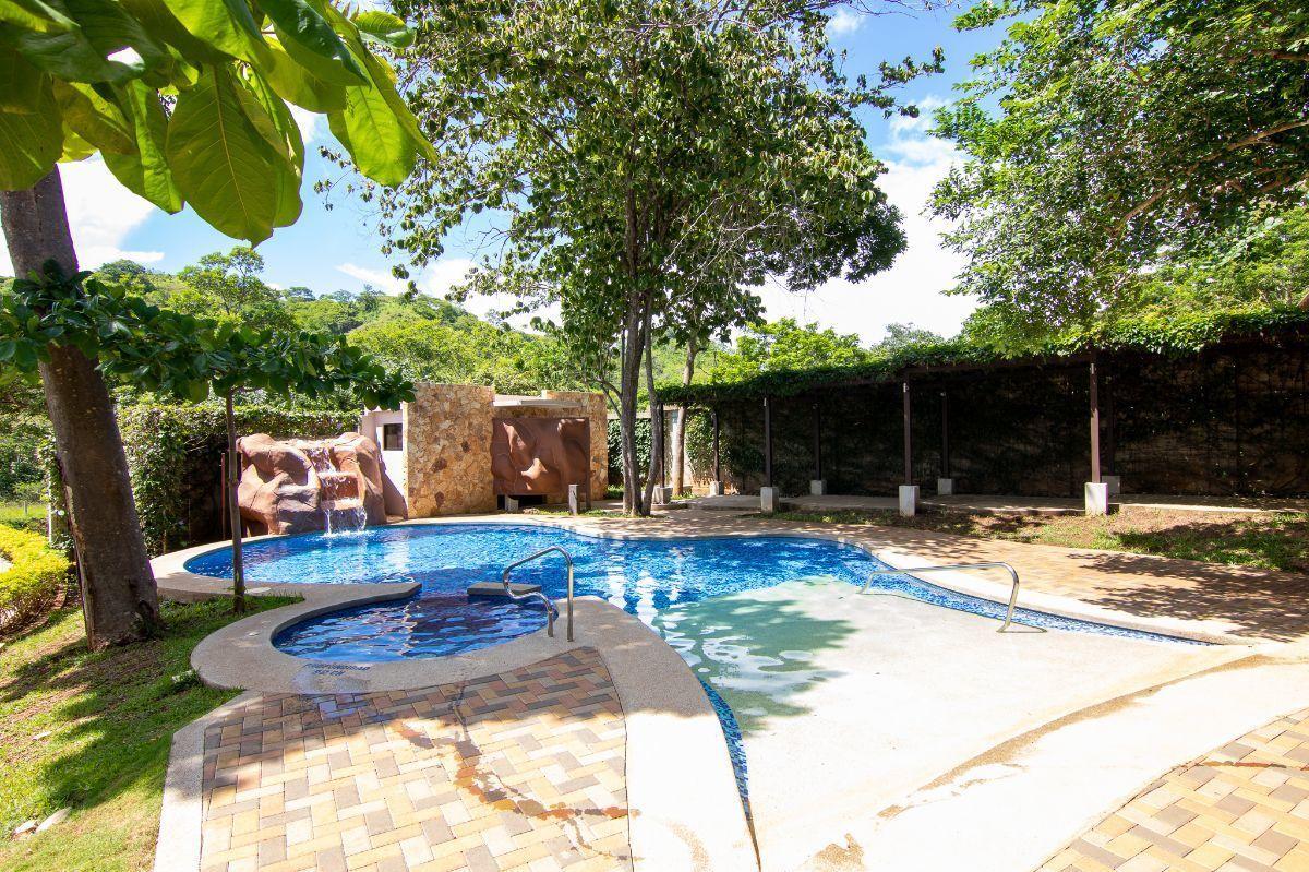 21 of 27: Monte hermoso pool