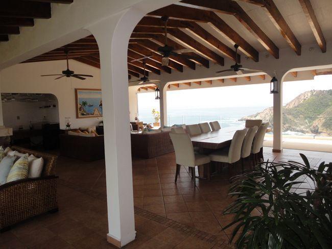 10 de 28: casa con vista a la bahia en las playas de acapulco