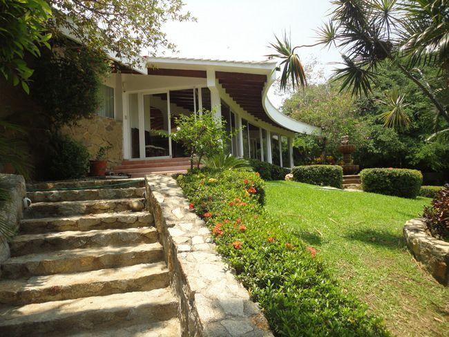 20 de 28: casa con vista a la bahia en las playas de acapulco