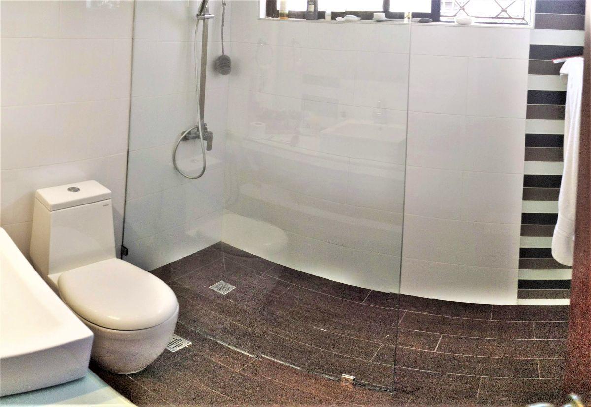 9 de 16: Baños remodelados