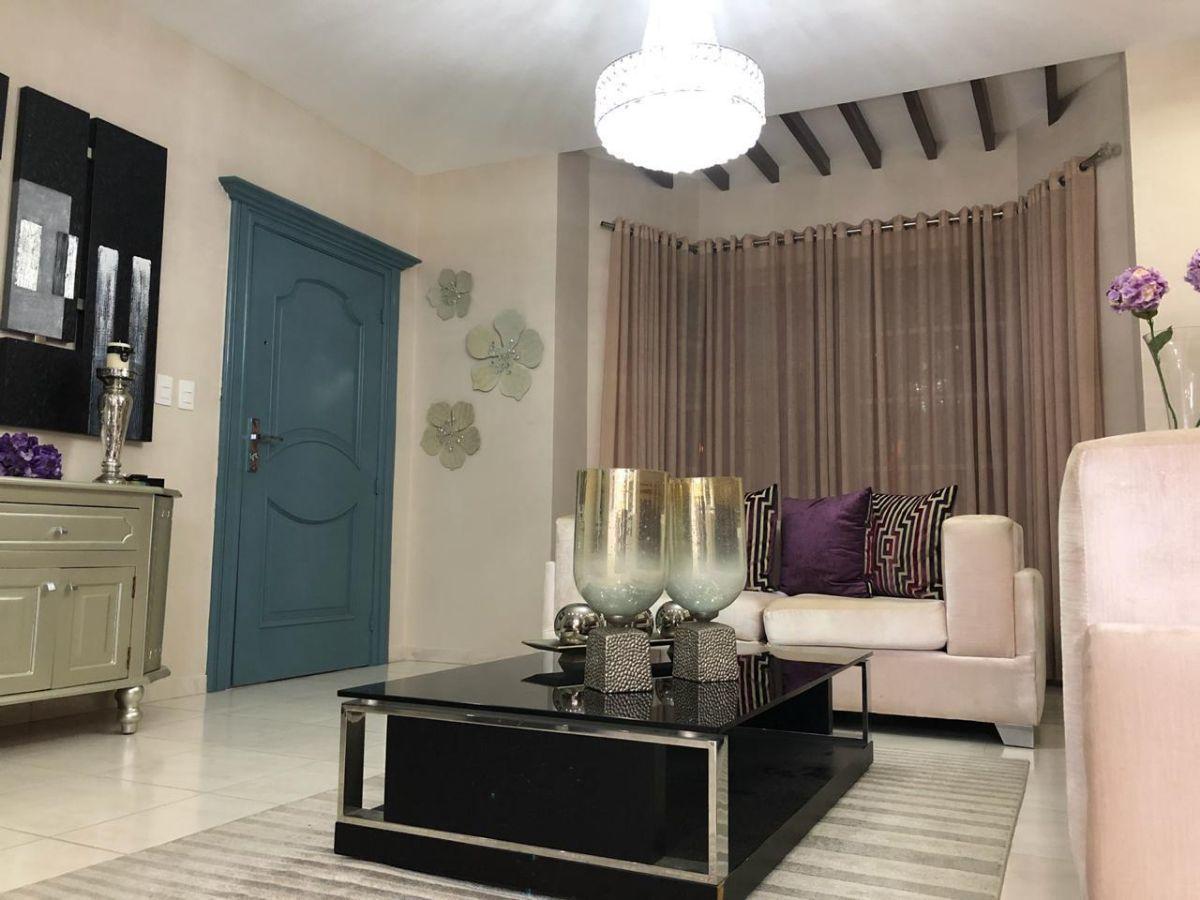 Majestuoso apartamento en Urb. El Doral, con derecho a zoteaimage7