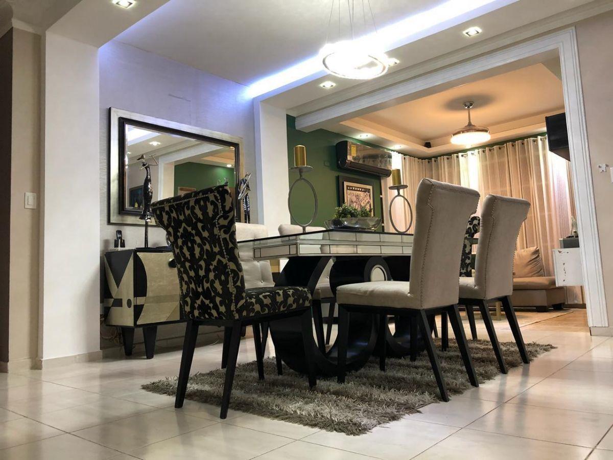 Majestuoso apartamento en Urb. El Doral, con derecho a zoteaimage10
