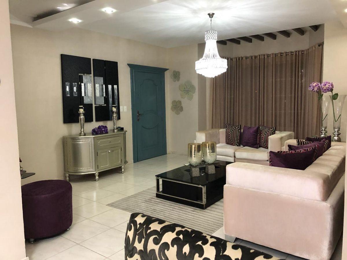 Majestuoso apartamento en Urb. El Doral, con derecho a zoteaimage12