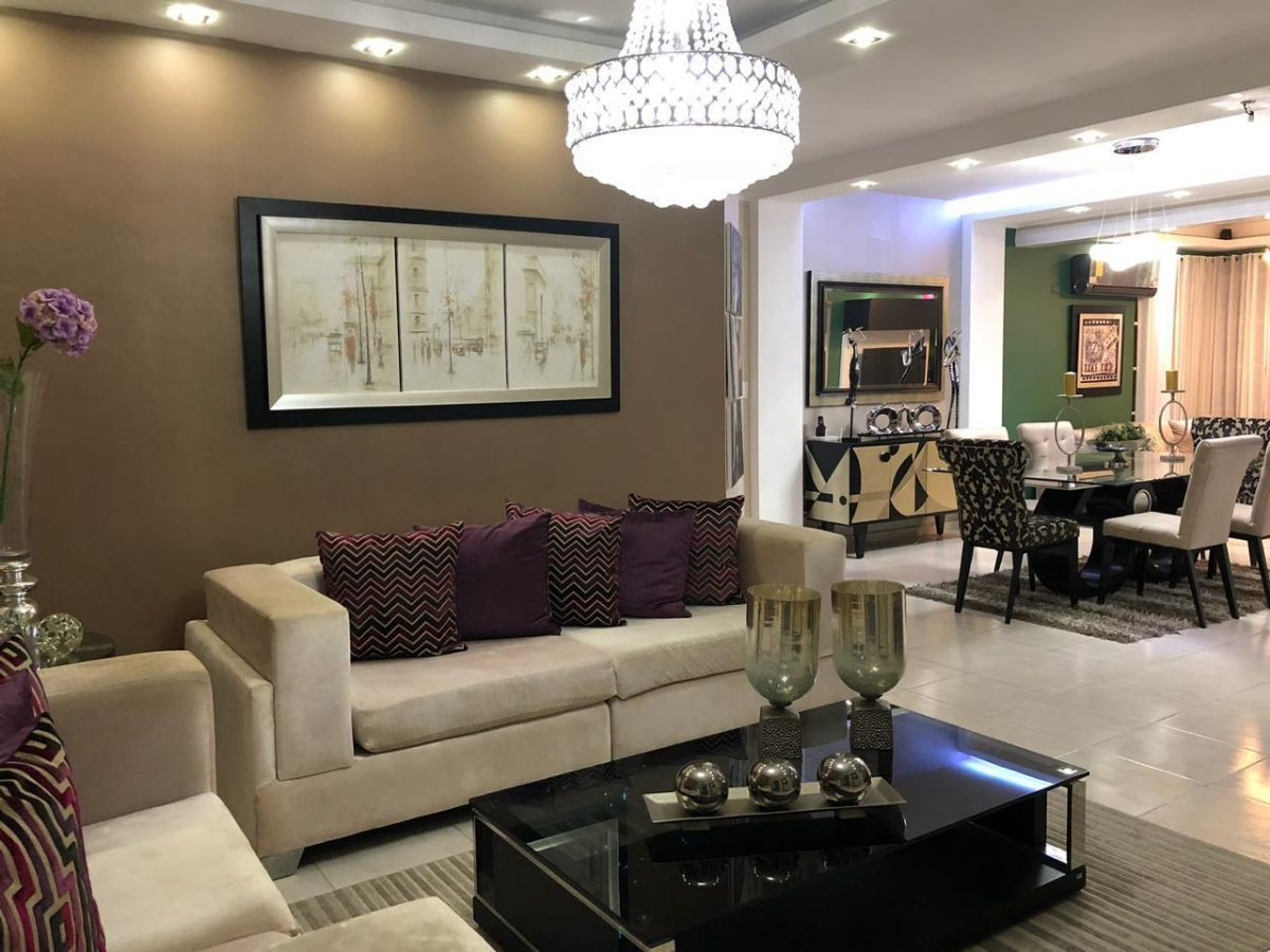 Majestuoso apartamento en Urb. El Doral, con derecho a zoteaimage13