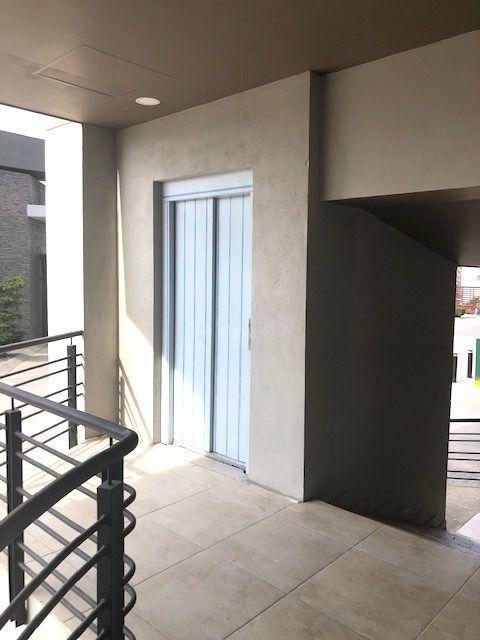 8 de 11: Elevador exclusivo para piso PB desde sotano