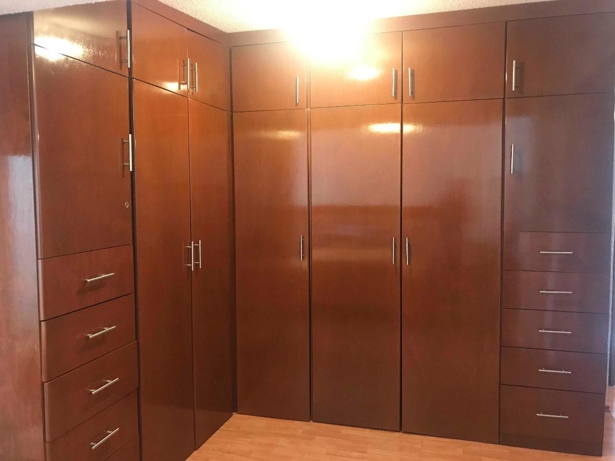 14 de 25: Closet Recamara principal