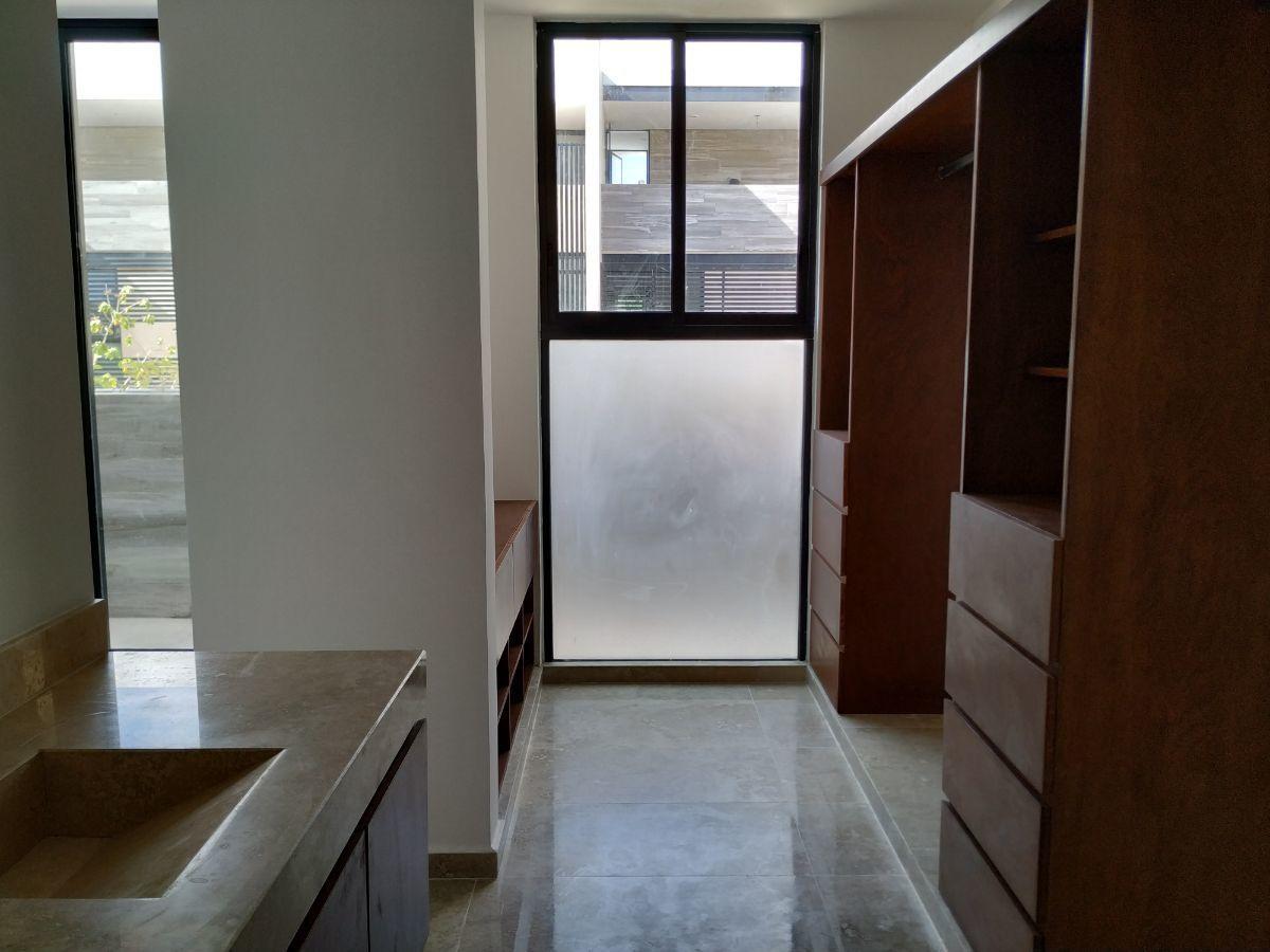 11 de 29: closet Vestidor-Baño Rec Principal