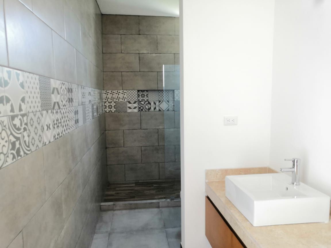12 de 26: Baño Principal