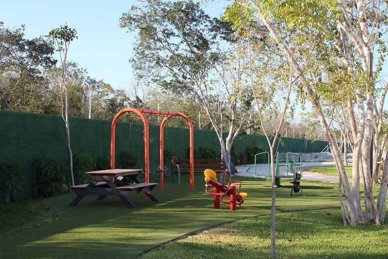 7 de 23: Área de Juegos Infantiles