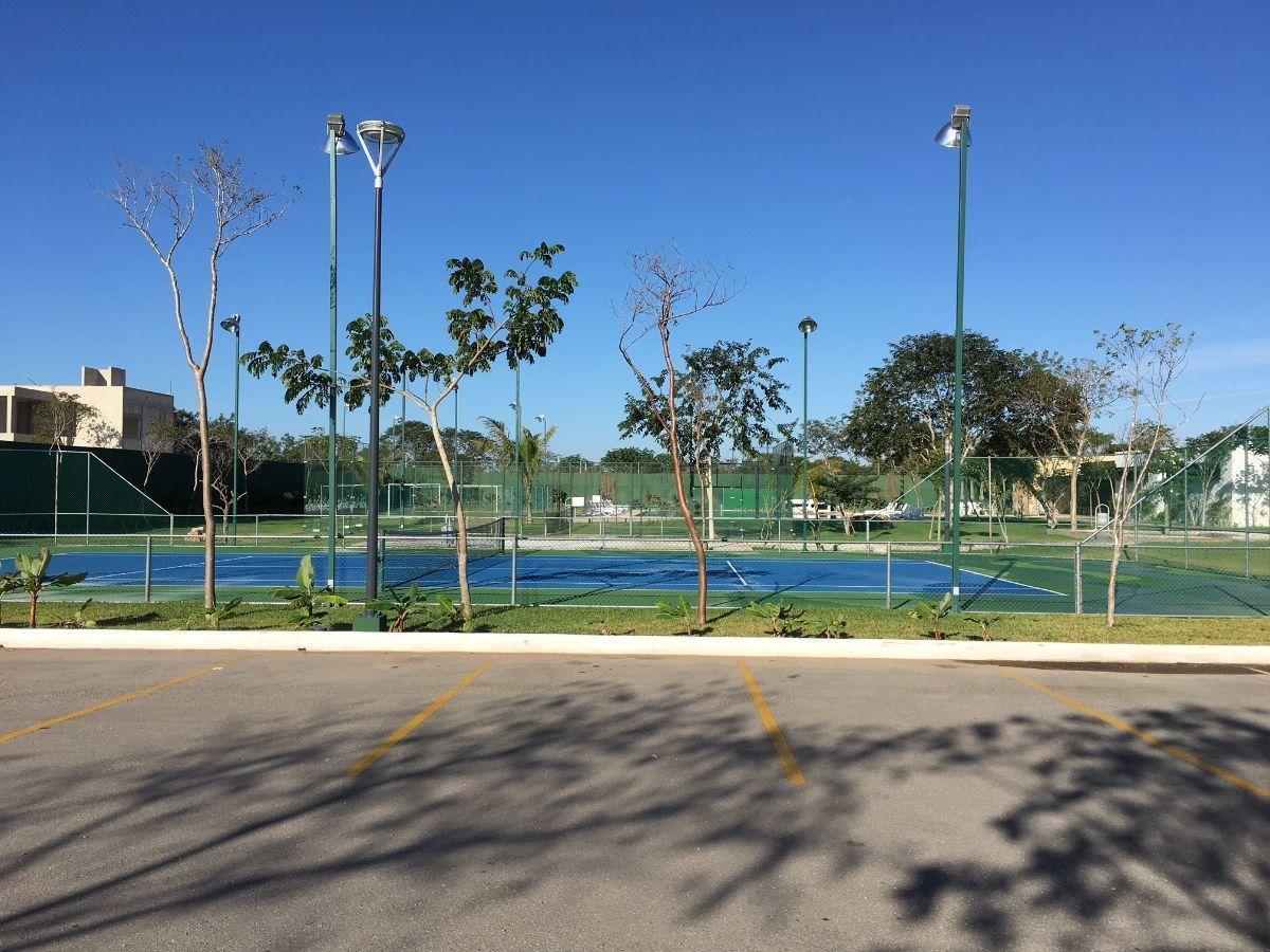 15 de 25: Canchas de Tenis