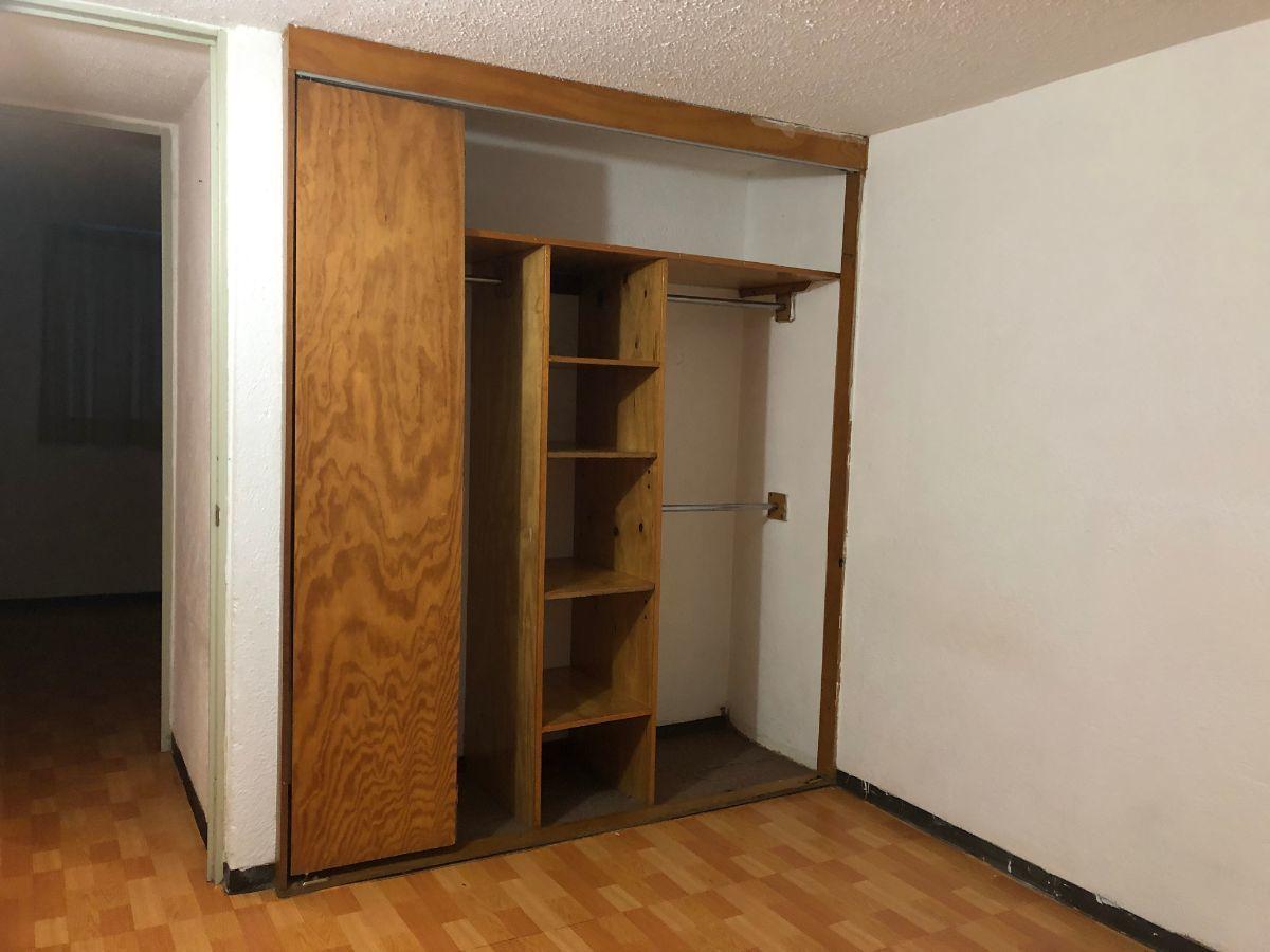 10 de 14: Closet habitación principal