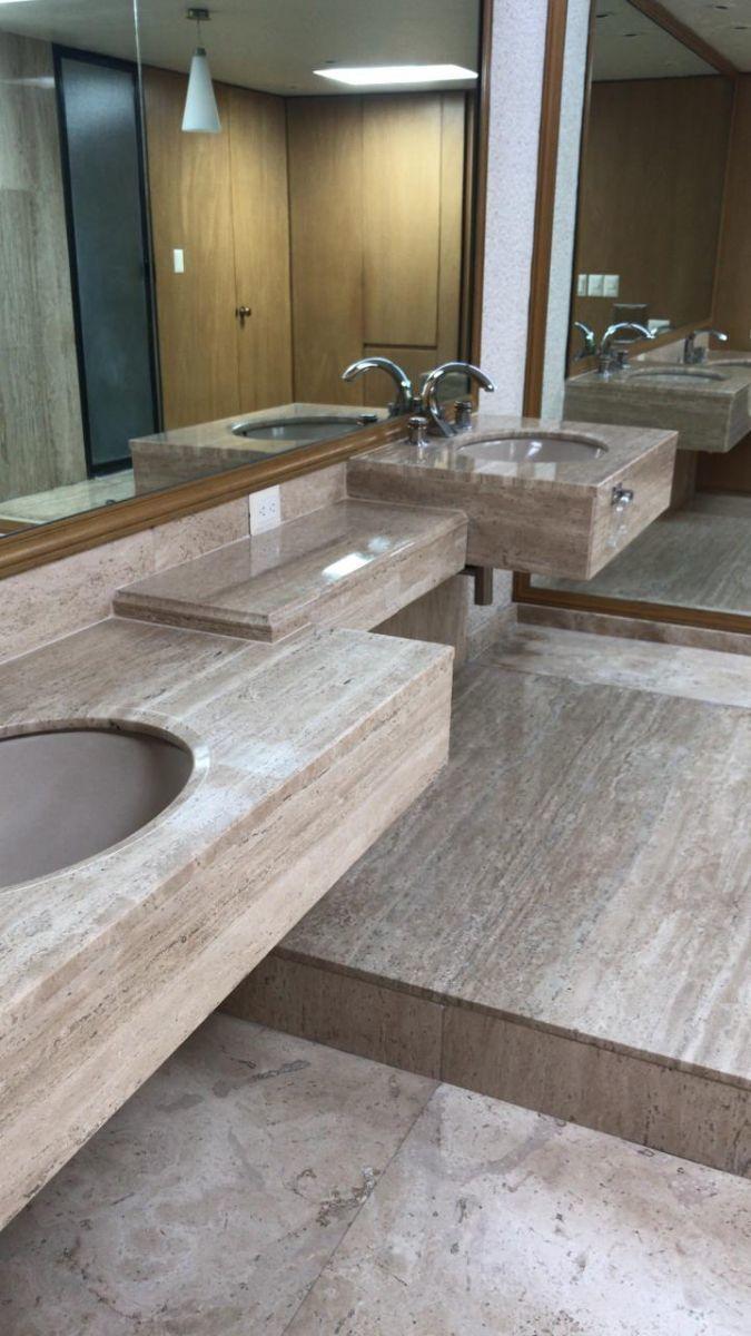 14 de 18: Baño recamara 3 doble lavamanos