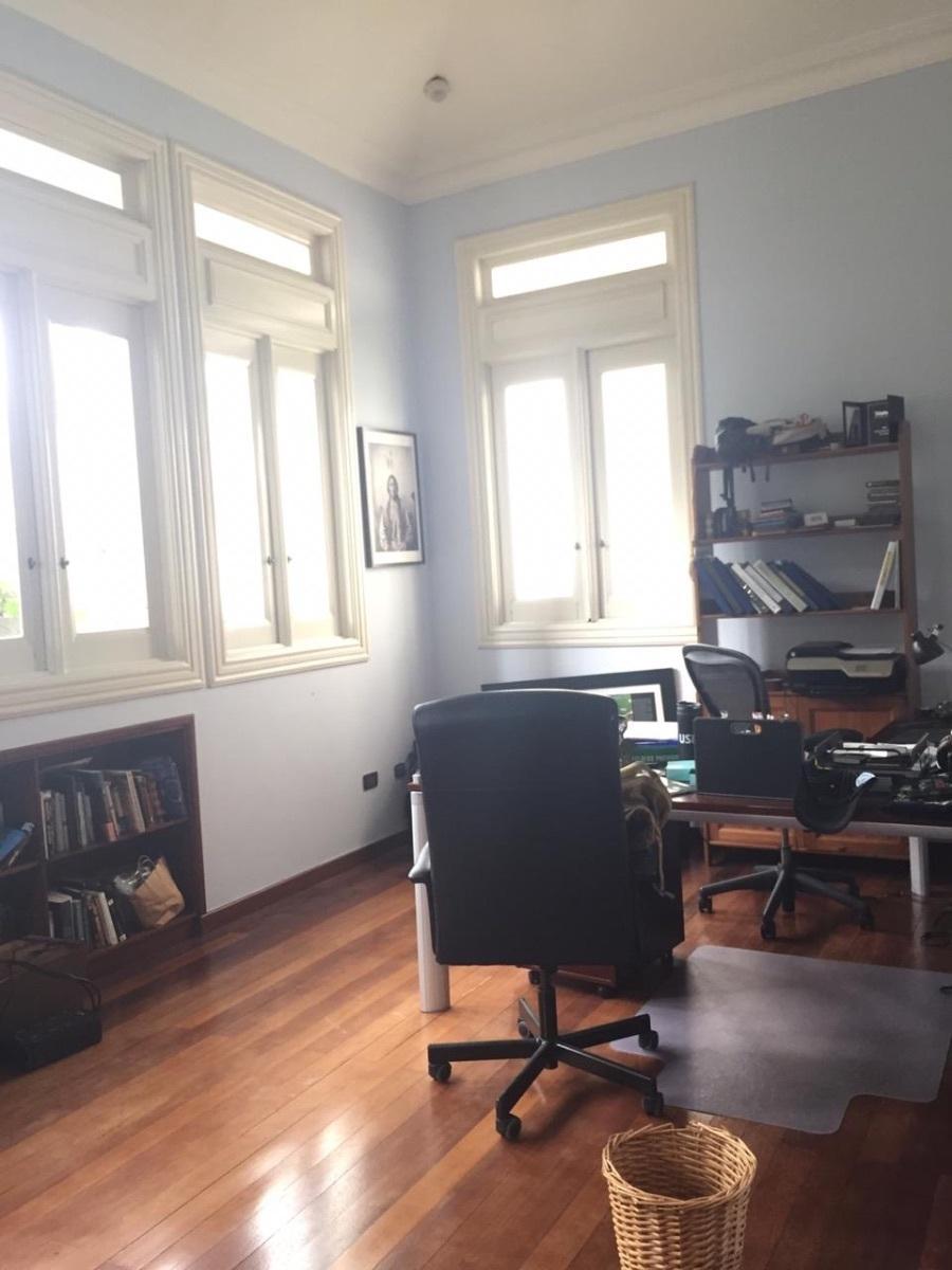 20 de 22: Oficina habitación principal