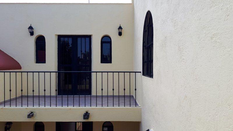 25 de 27: vista de la terraza al balcón en planta alta