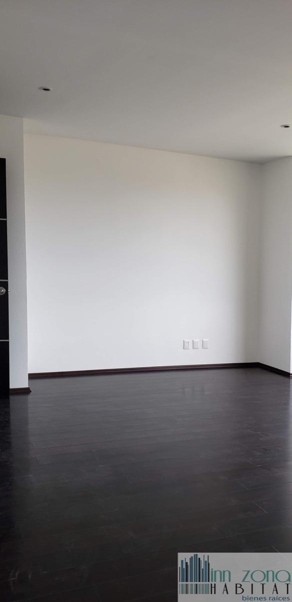 11 de 33: Segunda habitación secundaria.