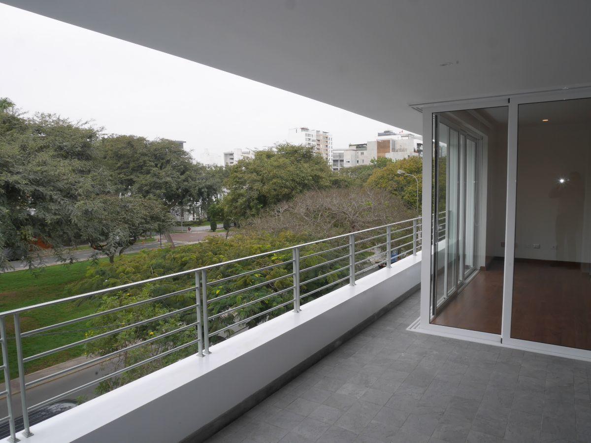 1 de 38: Terraza Vista a Parque Melitón Porras