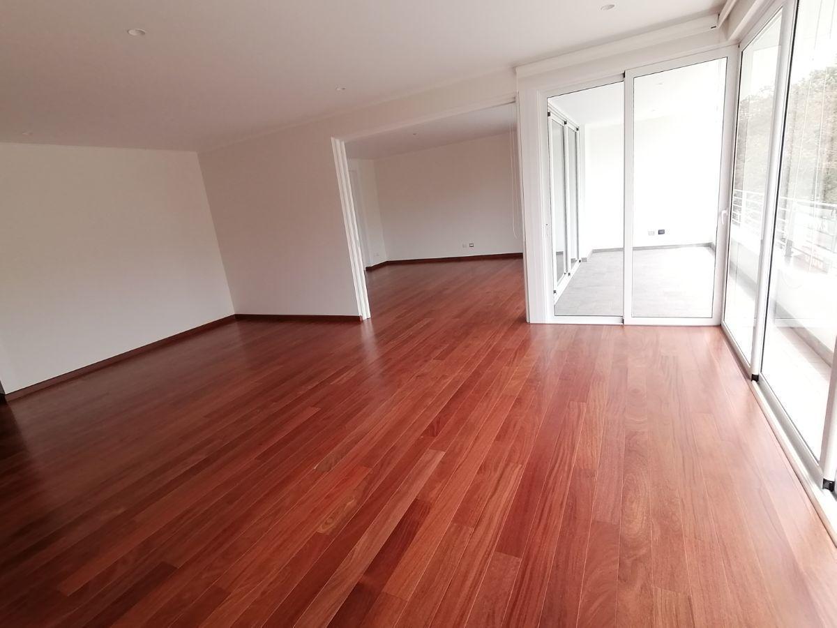3 de 39: Gran sala con salida a terraza y comedor separado vista parq