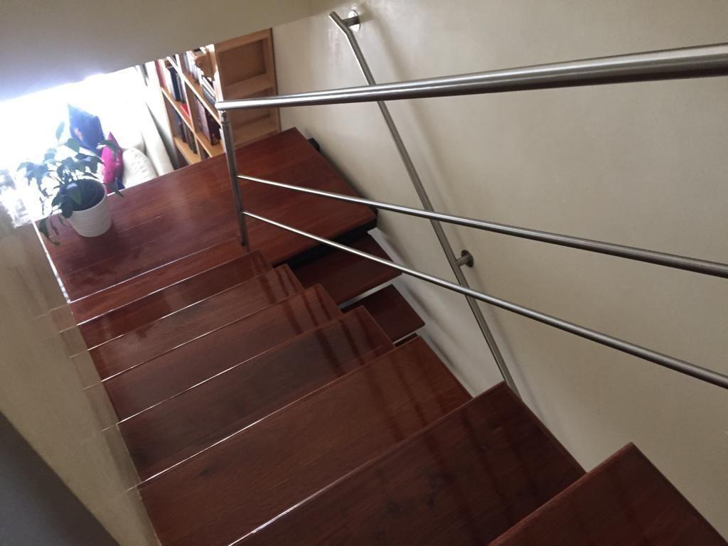 28 de 45: Escaleras