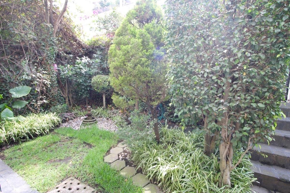 17 de 18: Jardín propio