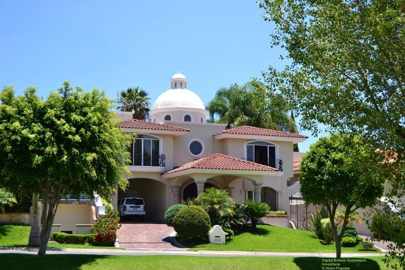 Casa de lujo con alberca puerta de hierro zapopan - Casas de lujo fotos ...