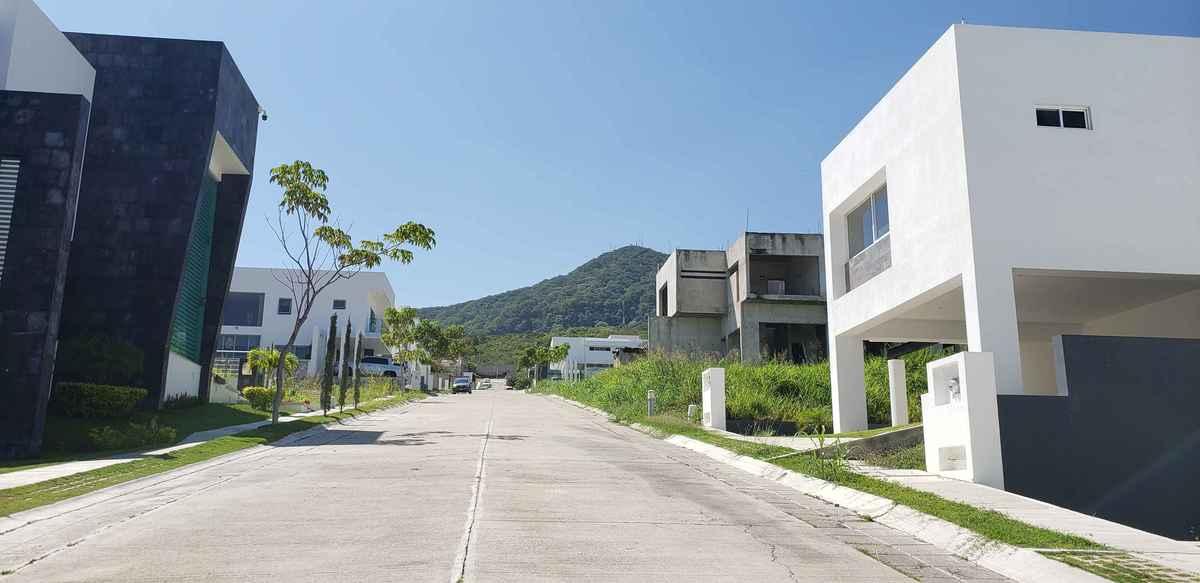 Casa En Renta En El Fraccionamiento La Cima