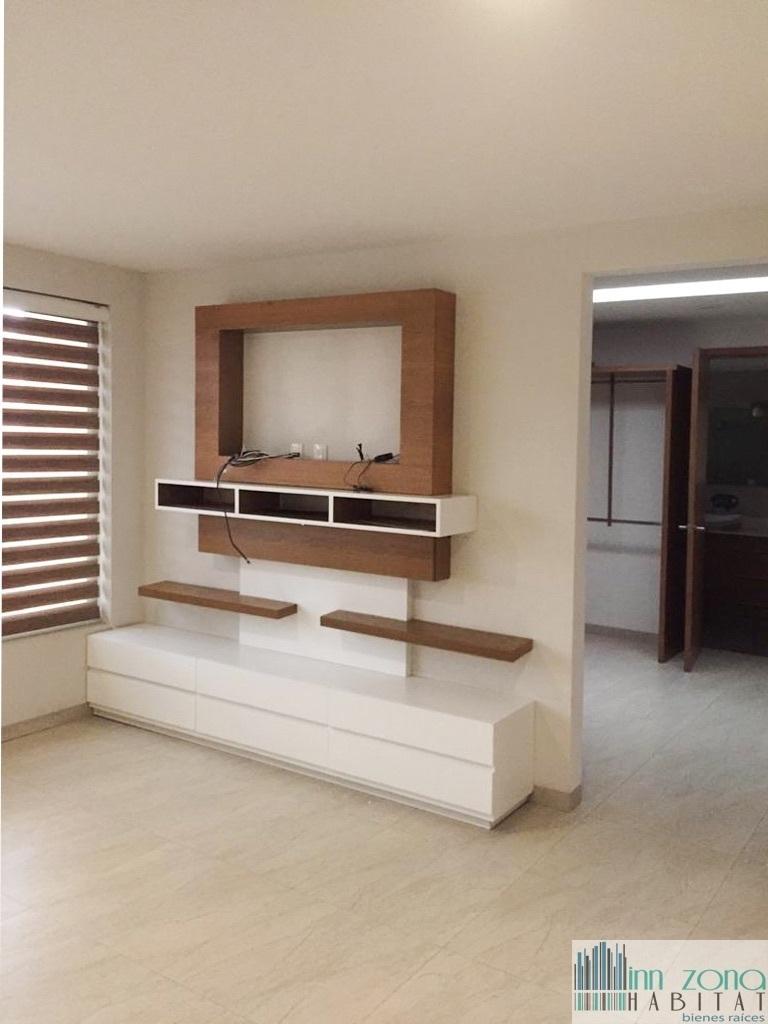 11 de 20: habitación principal con baño y vestidor.