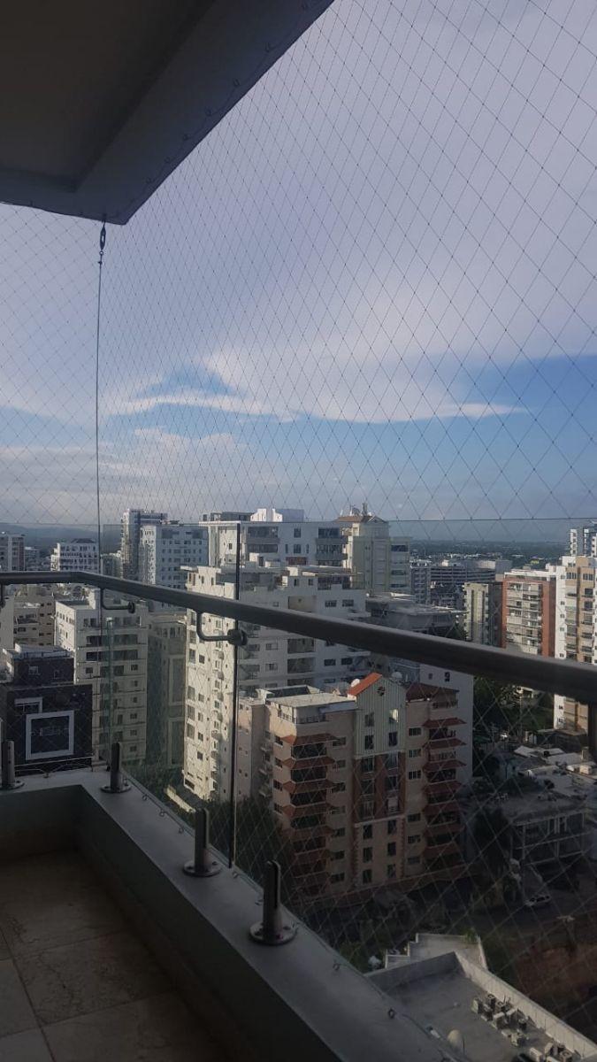 32 of 45: Vista NorOeste desde el Balcón