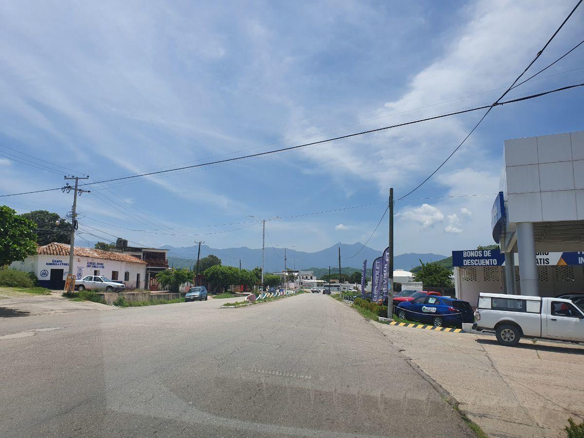 3 de 9: Vista de la avenida.