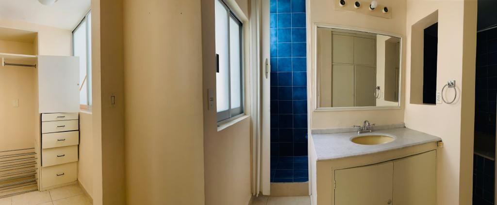 10 de 15: Baño recámara principal