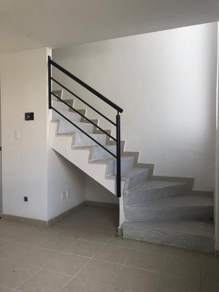 6 de 12: Escaleras