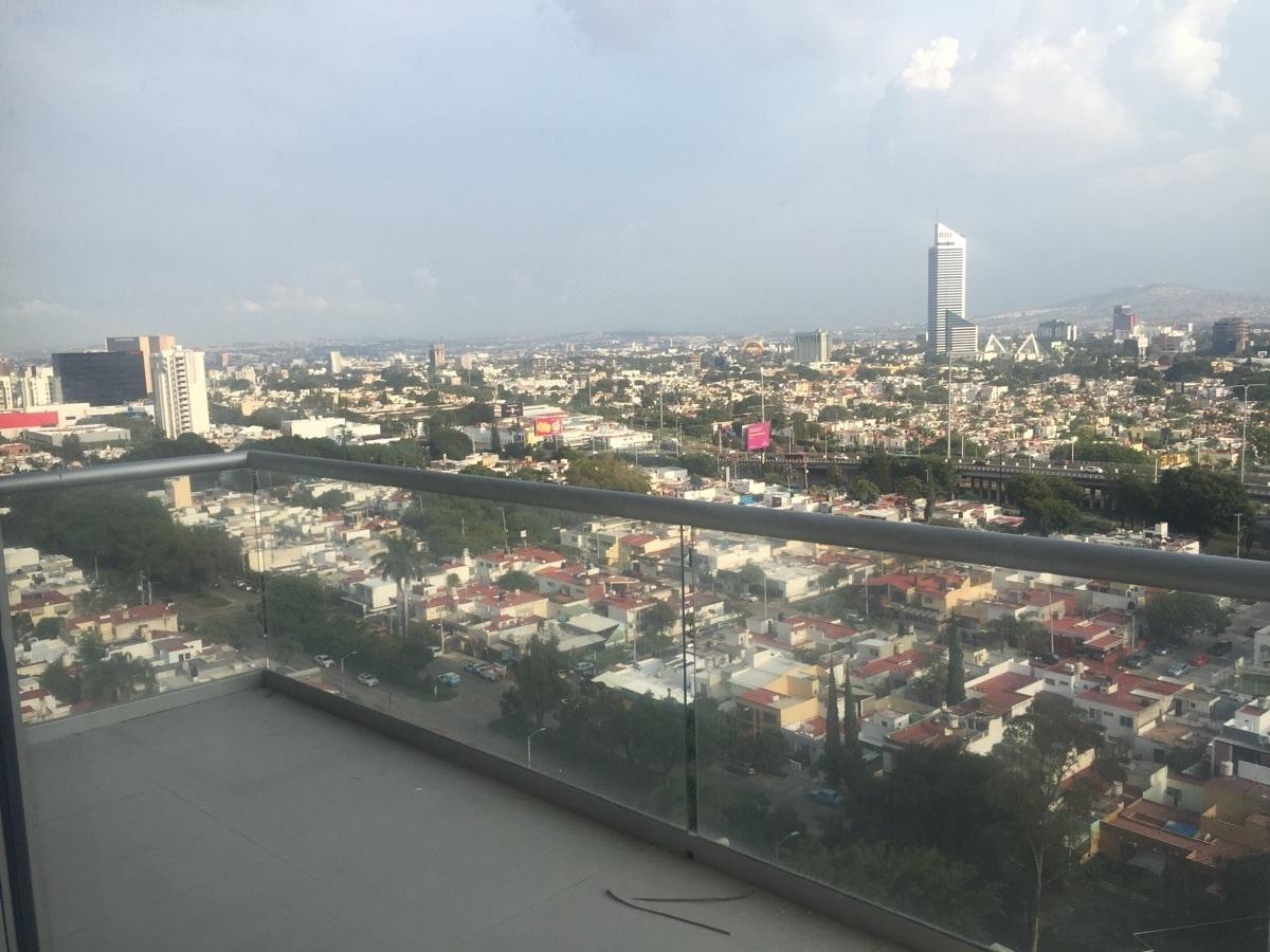 17 de 48: Vista hacia avenida Vallarta