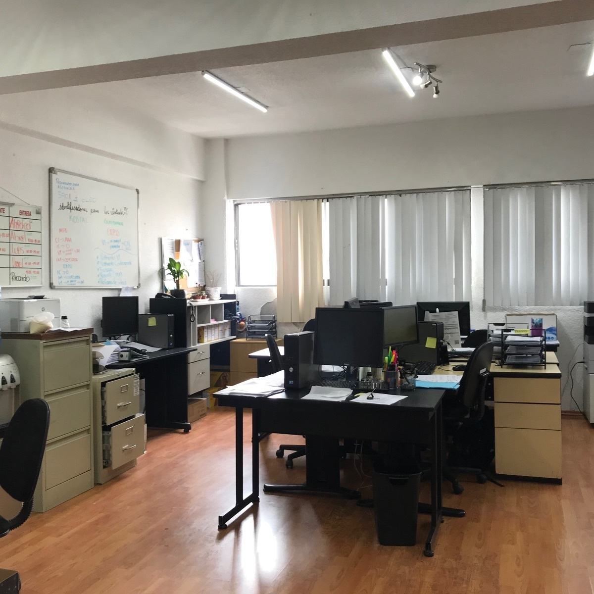 29 de 48: 3er nivel oficinas