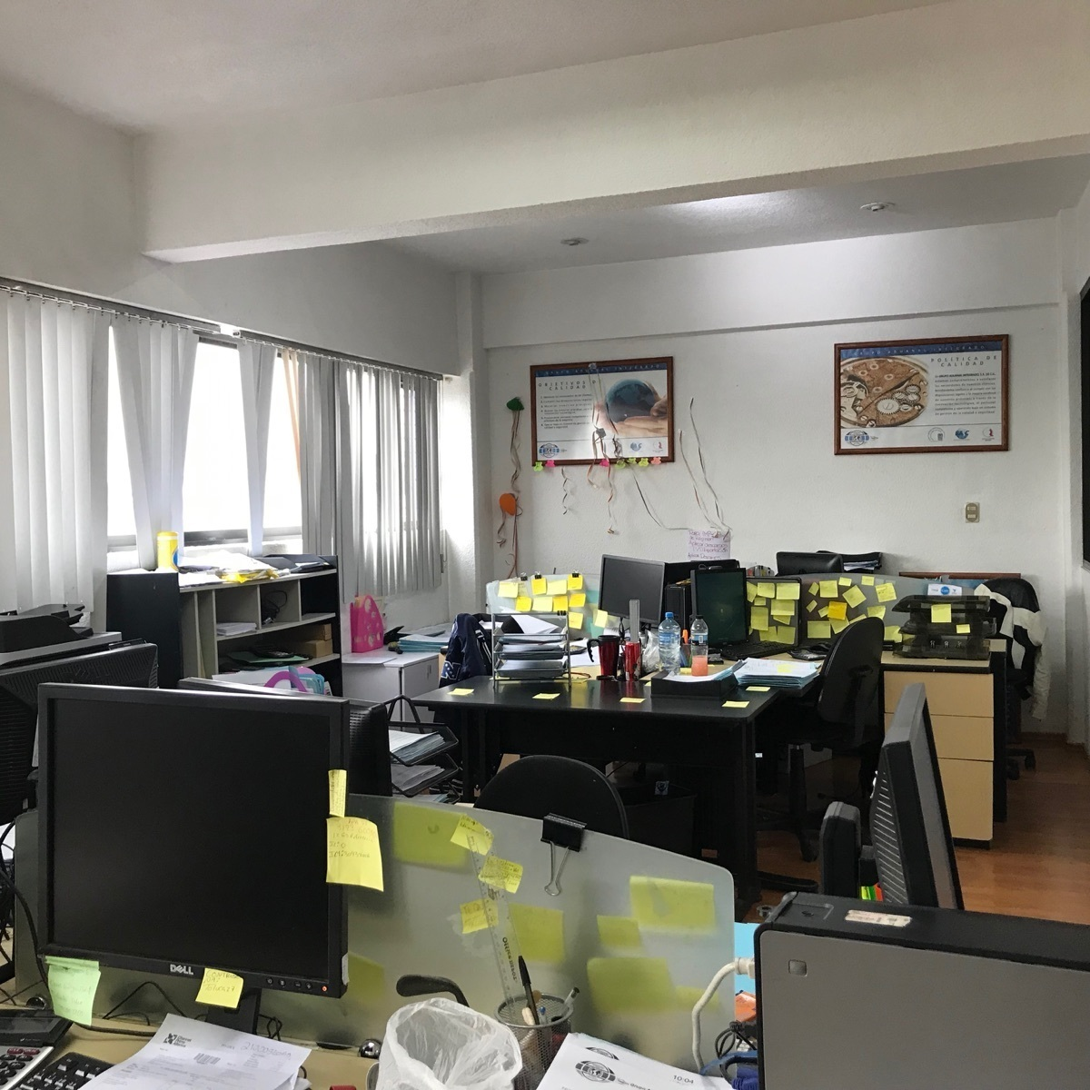 27 de 48: 3er nivel oficinas