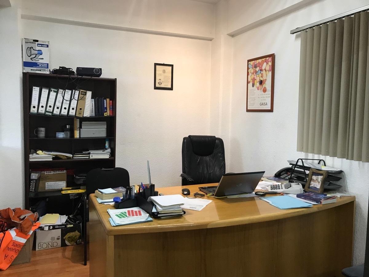 20 de 48: 3er  nivel oficina principal