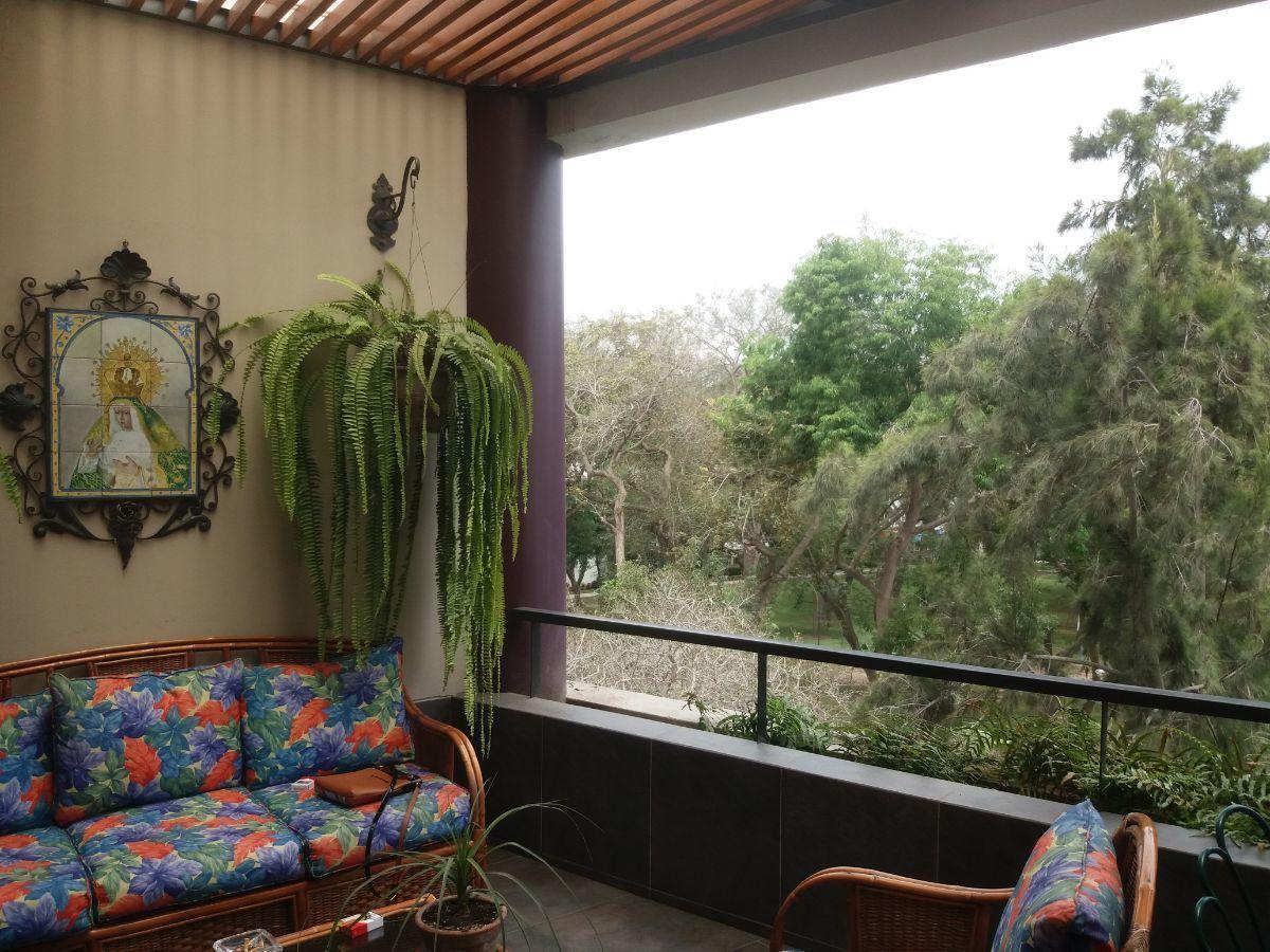 2 de 16: Terraza Vista Parque Privado