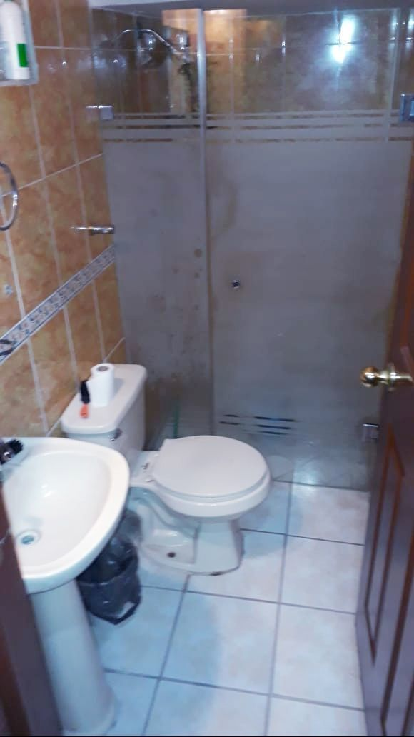5 de 9: baño completo planta baja
