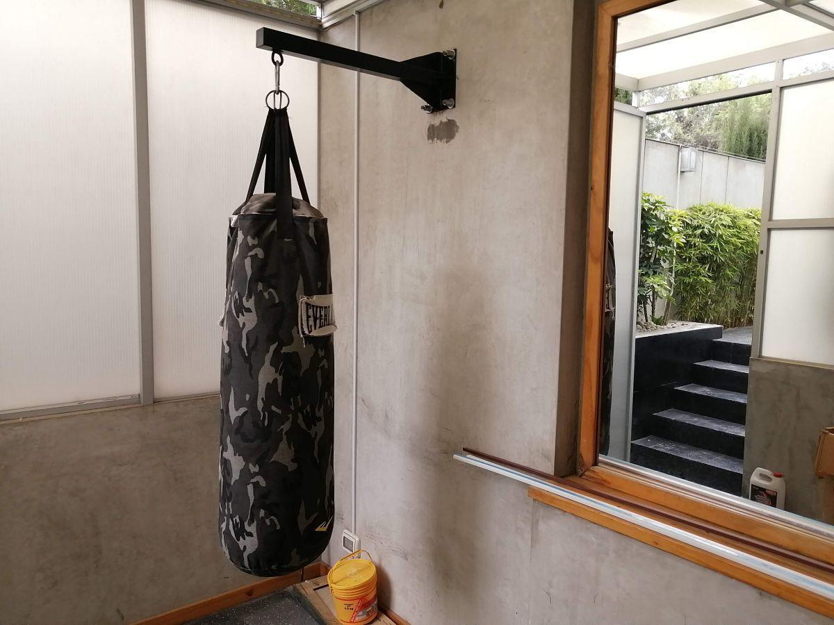 22 de 50: Gimnasio que se conecta al área donde se encuentra el sauna