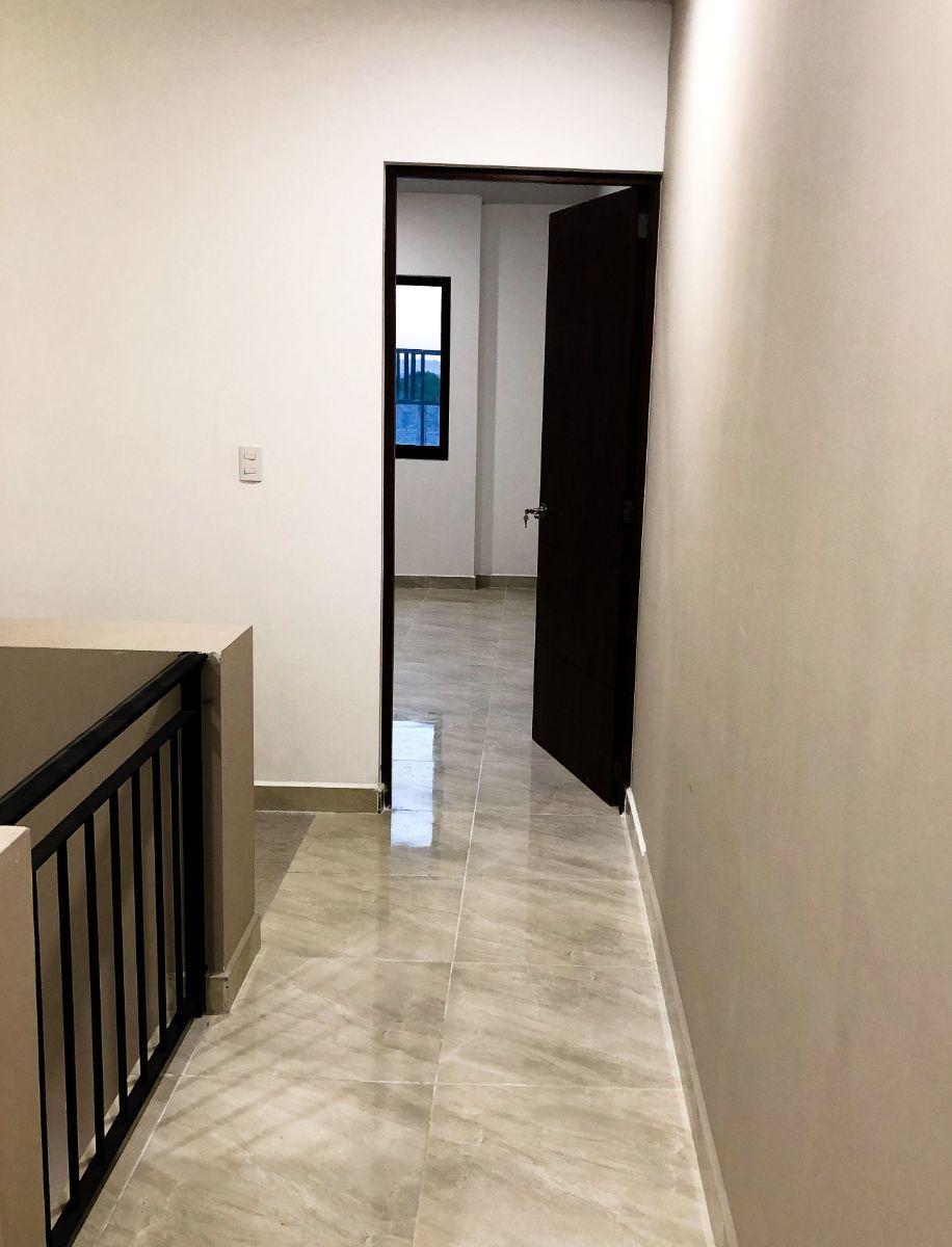 9 de 13: pasillo PA