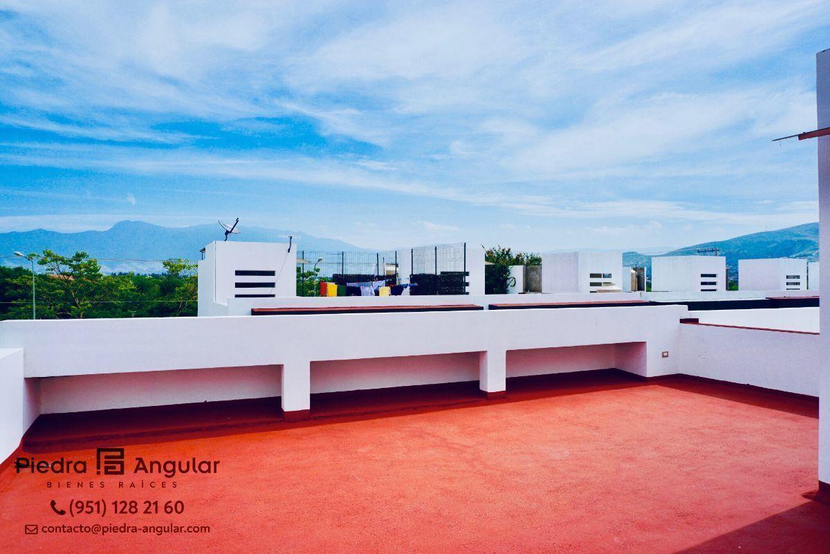 16 de 17: Terraza con Posibilidad a Roof garden.