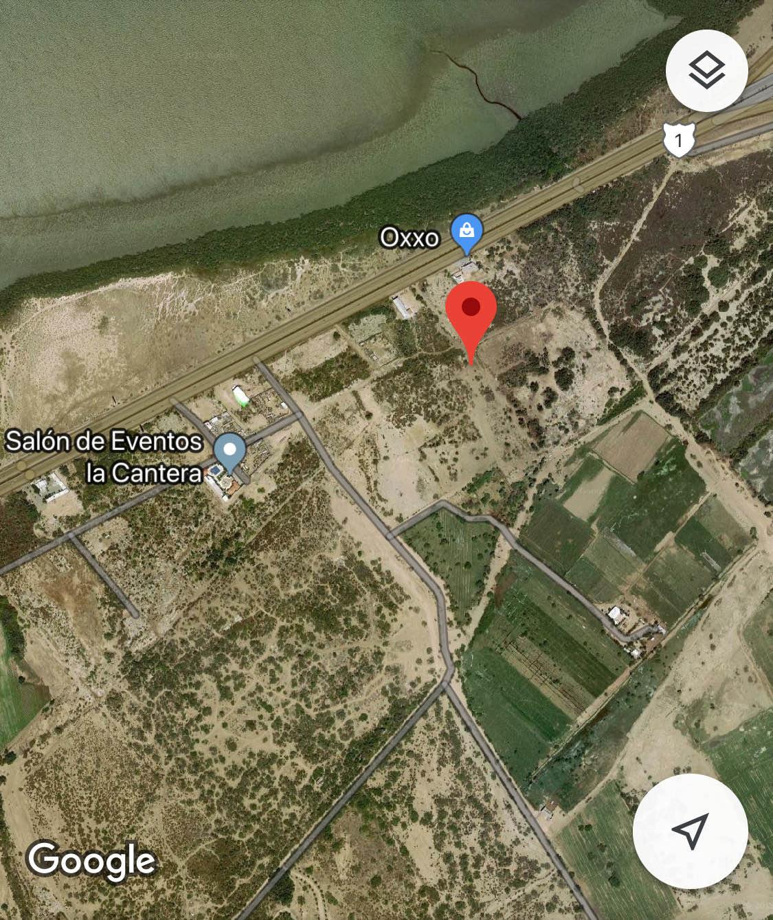 2 de 8: Terreno con acercamiento en foto satelital
