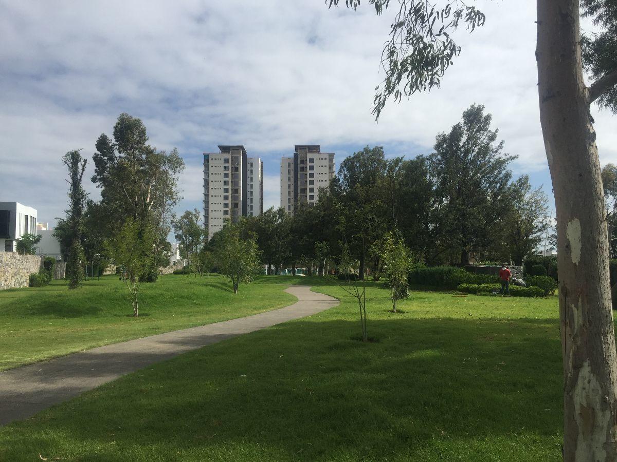 6 de 7: Condominio con lotes para construír casa en Zapopan