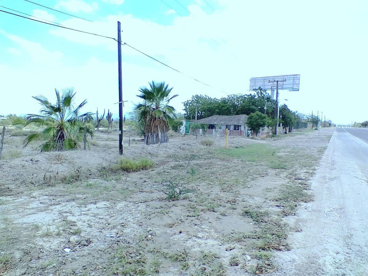8 de 18: Vista de la propiedad con dirección hacia La Paz