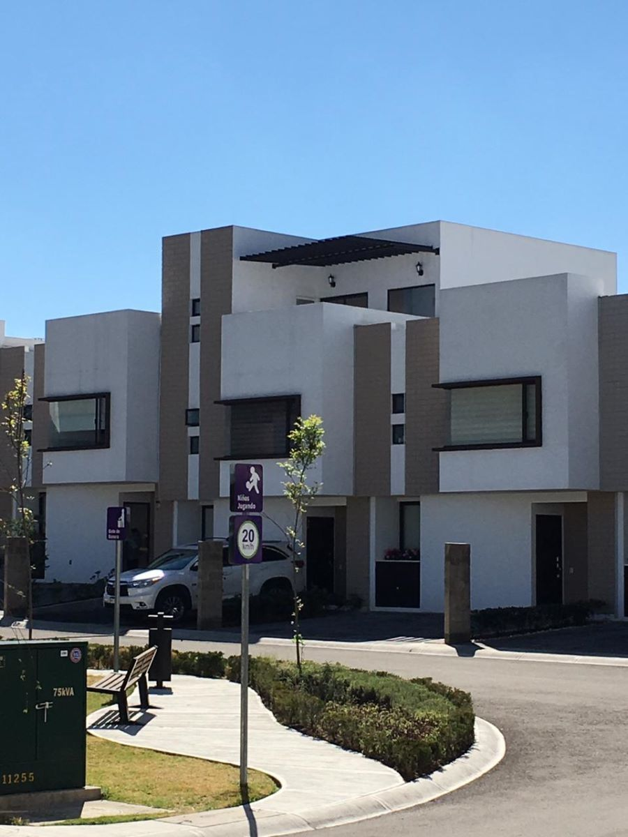 1 de 20: fachada de la casa
