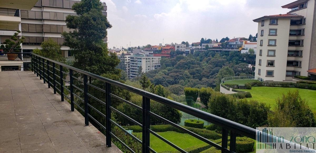 34 de 45: Terraza con vista al los jardines