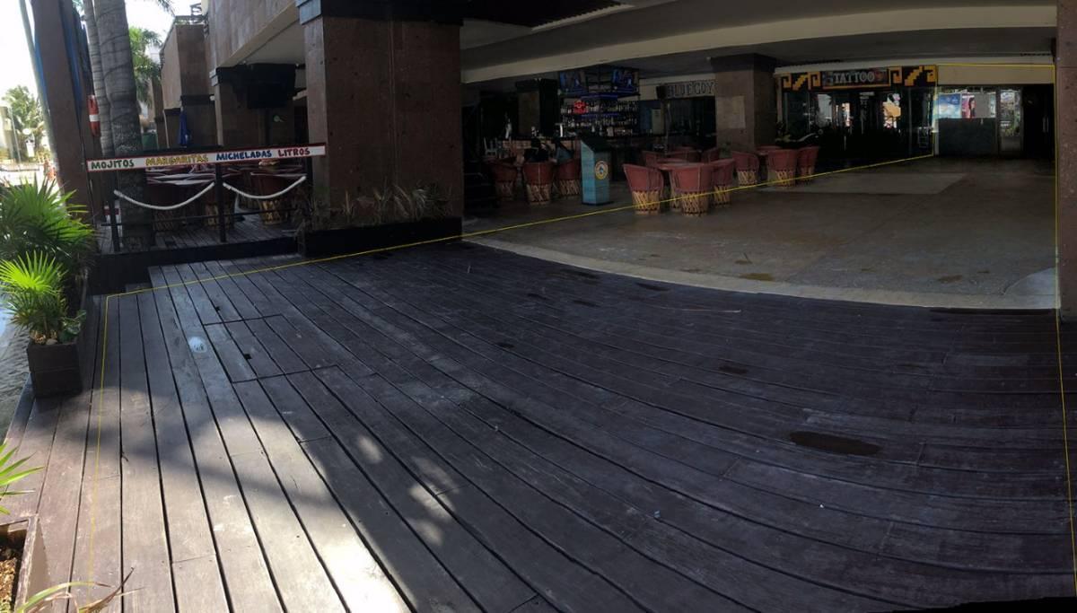 2 de 5: Deck de Aldea Thai