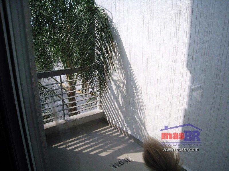 12 de 23: Balcón - terraza (en recámara principal)
